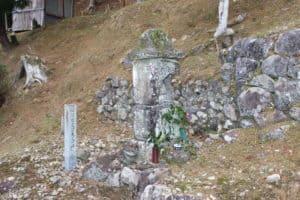安芸国虎の正室の墓