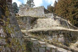 美濃岩村城の六段石垣