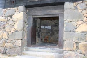 松江城の入口