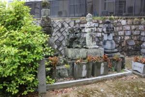三村家親・三村元親の墓