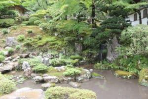 宗鏡寺の庭園