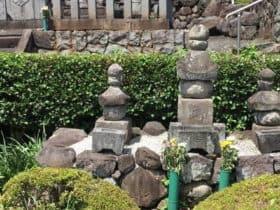 武田義信の墓