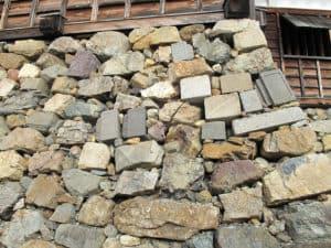 転用石 石垣