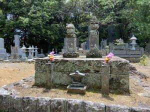 北条寺・北条義時の墓